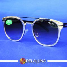 Com armação prateada e um detalhe sutil na ponte, esse óculos é perfeito para o dia a dia e combina com qualquer look. Comece a semana no estilo e aproveite o Carnaval com a Delaluna. Vem pra cá!