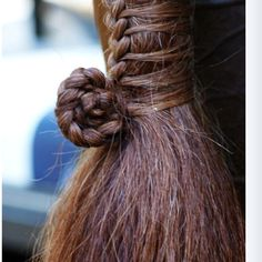 Awesome horse tail braid
