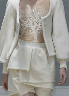 Nature in Fashion - ivory outfit with zipper front jacket, layered skirt and sheer top with winter tree detail - wearable art; fashion details // Gloria Coelho