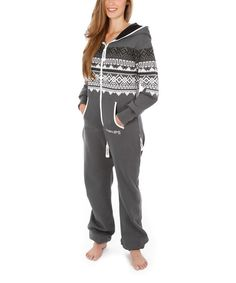 Perfect for lounging at home, this ZIPUP jumpsuit promises comfort. The one-piece design features a soft cotton blend for breathability and a wonderfully loose fit. And with a cozy hood and sweater-inspired detailing, it's a great pick for traveling in style.80% cotton / 20% polyesterMachine washImported