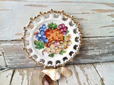 Decorative fruit plate kitsch vintage wall by happydayantiques, $7.00