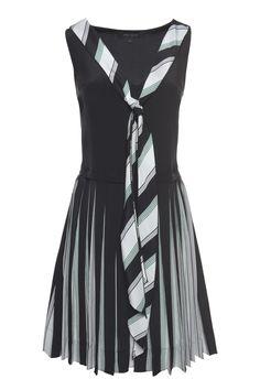 MARC JACOBS Crêpe De Chine Pleated V-Neck Dress. #marcjacobs #cloth #