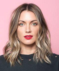 Gewusst wie: Der beliebteste Haarschnitt aus L.A. – auf 3 Arten in 3 Tagen gestylt  #refinery29  http://www.refinery29.de/gewusst-wie-der-beliebteste-haarschnitt-von-l-a-auf-3-arten-in-3-tagen