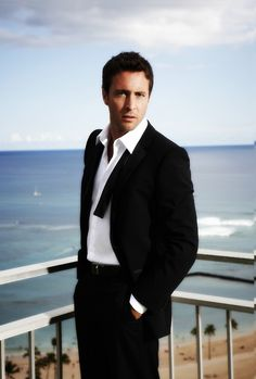 alex o'loughlin | Tumblr