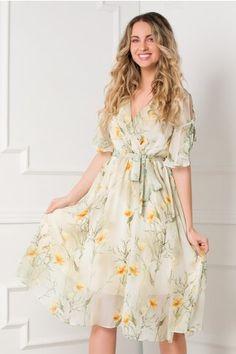 Pagina 2 - Rochii de Zi Casual - Preturi Avantajoase | DyFashion Casual, Peplum, Floral, Dresses, Fashion, Vestidos, Moda, Fashion Styles, Flowers