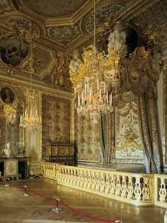 The Queen's Bedchamber at the Palace of Versailles in Versailles, France, has rococo-style woodwork and a ceiling painted by François Boucher. Beautiful Interiors, Beautiful Homes, Ceiling Painting, Mansion Interior, Palace Interior, Fontainebleau, Winter Palace, Palace Of Versailles, Dream House Exterior