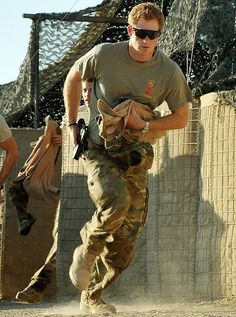 I hope HRH Prince Harry had an amazing 29th birthday yesterday! I'm sure he will still be celebrating ;) <3 <3 <3 #HugeRoyalist!