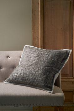 Подушка серая Throw Pillows, Grey, Interior, Magic, Home Decor, Gray, Toss Pillows, Decoration Home, Cushions