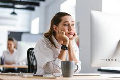 The 20 tips to overcome the feeling of being unmotivated with life and work and start living your best self. Low Mood, Spark People, Changing Jobs, How To Attract Customers, The Nines, New Career, Yoga Session, Dress Shirts For Women, Monday Morning