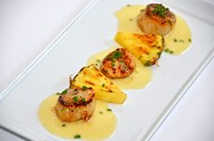 Delights of Culinaria: Seared Scallops with Pineapple Beurre Blanc Sauce