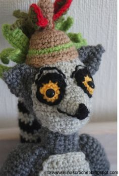 I am fan of Madagascar movie- especially King Julien. That is why I crocheted this cool king :) www.elinascrochet.blogspot.com