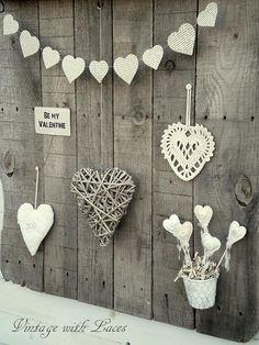 Pallet Wood Rack with Hearts www.MadamPaloozaEmporium.com www.facebook.com/MadamPalooza