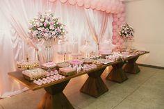Mesa de bolo e doces da nossa Festa Bailarina