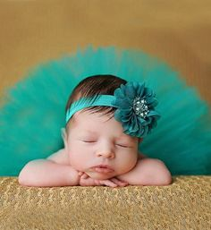 Newborn Photo Prop Turquoise Newborn Baby Tutu Skirt & Flower Headband Set Made with soft turquoise tulle, the set comes with a cute headband. This set makes for a great photography prop, baby shower gift or perfect for the birthday girl. Waist: 12.5 -18.5 inches Length: Approx 7.8 inches Suitable Age: 0-6 months