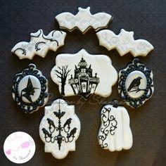Victorian inspired Halloween set (witch, raven, chandelier, pumpkin, haunted house, bat, demask, frame, halloween) www.facebook.com/cookies.by.shannon