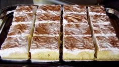 pudding cake with cinnamon Czech Recipes, Ethnic Recipes, Sweet Breakfast, Sweet Recipes, Sweet Tooth, French Toast, Cheesecake, Deserts, Food And Drink