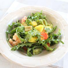 Shrimp Mango Arugula Salad #paleo #healthy #recipe