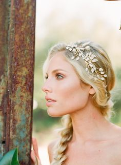 25 Amazing Wedding Hairstyles with Headpiece   http://www.deerpearlflowers.com/amazing-wedding-hairstyles-with-headpiece/