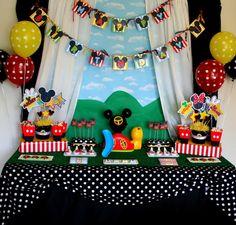 mickey-mouse-dessert-table.jpg 650×620 píxeles