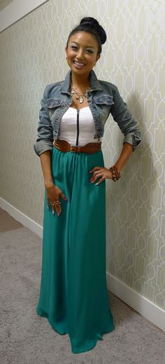 Jeannie Mai green maxi skirt, white tank, and jean jacket Maxi Skirt Outfits, Maxi Skirts, Dress Skirt, Skirt Belt, Jacket Dress, Maxi Dresses, Chiffon Dress, Jeannie Mai, Spring Summer Fashion