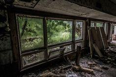 deserted-hotels-zupi10