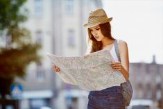 スペイン・アンダルシア地方旅行9日間の【リアルなお金の話】 無料タパスがお得! | TABIZINE~人生に旅心を~ One Shoulder, Blouse, Tops, Women, Fashion, Blouse Band, Moda, Fashion Styles, Shell Tops
