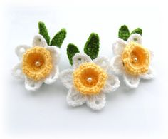 Crochet Applique Daffodil Flowers - Crochet Daffodil Brooches - Set of 3 - Made to Order. $14.00, via Etsy.