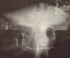 Real Angels Caught On Tape - Bing Images Real Angels, I Believe In Angels, Angels Among Us, Angels In Heaven, Heavenly Angels, Real Ghost Pictures, Ghost Photos, Angel Pictures, Ghost Images