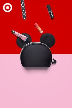 204d5d3df5 Find makeup magic with Disney Mickey Mouse beauty and bath