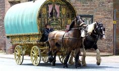 1 Gypsy caravan photo gallery: Gypsy waggons and vardos. Gypsy Caravan, Gypsy Wagon, Gypsy Life, Gypsy Soul, Glamping, Lead Adventure, Gypsy Horse, Gypsy Living, Wayfarer