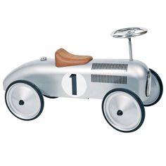 Voiture porteur argent http://www.range-ta-chambre.com/a-bascule-et-a-roulette/1374-voiture-porteur-argent-protocol.html