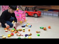 Pretend play Help Daddy and Get Toys! LOL Store NY Colors 아빠 도와주고 장난감 사기 뉴욕이랑 컬러 - YouTube
