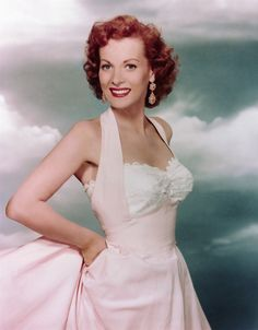 natural glamour of actress Maureen O'Hara ~ 1940s/1950s/1960s