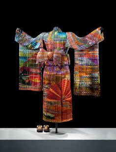 Autumn Sunset Kimono (back) | Eric Markow & Thom Norris  5.5 ft. tall with arm span of 4.5 ft.  Woven glass