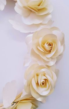 This template assists you to make up our Koko Range Mini sized roses rose Brilliant for Events, Weddings, Parties and Home Decoration Template includes outer petals and bud centrepiece PDF Templates are for printing to your home printer or print shop. Paper Flowers Craft, Paper Flowers Wedding, Crepe Paper Flowers, Paper Roses, Wedding Paper, Flower Crafts, Diy Flowers, Flower Decorations, Rose Tutorial
