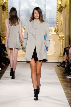 Heohwan Simulation Spring/Summer 2015 Ready-To-Wear Collection Look 29 15 S/S RTW Milan Fashion Week