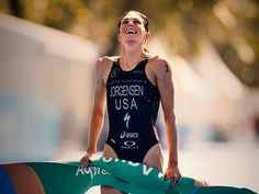 Gwen Jorgensen is the first American woman to win gold in the Olympic triathlon. She may have been the last person to believe in herself, but God had bigger plans. Triathlon Training Program, Training Programs, Training Tips, Gwen Jorgensen, Olympic Triathlon, Why I Run, Rio Olympics 2016, Runners High, Spartan Race