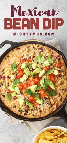 Mexican Bean Dip - An easy appetizer recipe served hot fresh from a cast iron skillet or keep it warm in a crockpot. Meat Appetizers, Easy Appetizer Recipes, Appetizers For Party, Bean Dip Recipes, Lunch Recipes, Delicious Recipes, Breakfast Recipes, Mexican Bean Dip, Mexican Dinner Recipes