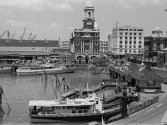 Ferry Building Auckland 1970's Old Images, Old Photos, Photo Time, Auckland New Zealand, Historical Photos, Kiwi, The Neighbourhood, Cities, Buildings