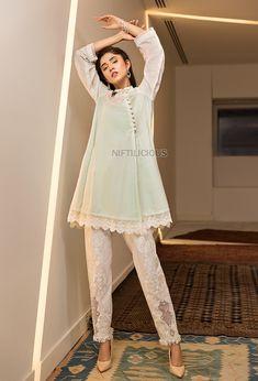 Ammara Khan's 'Shooting Stars' Eid Collection 2018 – Niftilicious Pakistani Dress Design, Pakistani Outfits, Fancy Dress Design, Indian Designer Suits, Kurti Designs Party Wear, Eid Collection, Shooting Stars, New Trends, Designer Dresses