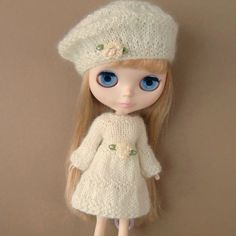 Cream Knitted Dress and Beret for Blythe by myfairdolly on Etsy, $25.00