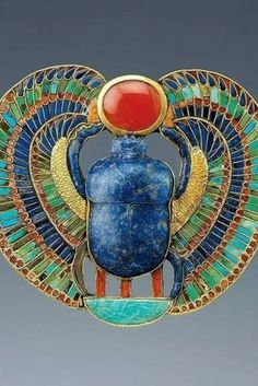Egyptian Beetle, Egyptian Scarab, Egyptian Art, Egyptian Kings, Ancient Egyptian Deities, Egyptian Symbols, Ancient Artifacts, Masonic Symbols, Egypt Jewelry