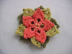 patron fleur crochet gratuit   Tuto fleur crochet facile - modele gratuit                                                                                                                                                      Plus