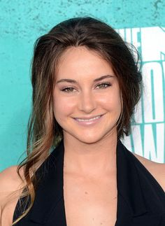 Shailene Woodley at the MTV Movie Awards, 2012