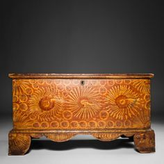 Diminutive Paint Decorated Blanket Chest, Pennsylvania, circa 1835 - Christopher H Jones Antiques Furniture, Blanket Chest, Painted Furniture, Art Decor, Primitive Decorating Country, Painted Boxes, Painted Chest, Primitive Furniture, Decorative Painting