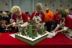 Aurora's Gingerbread House Competition is Dec. 5