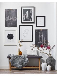 Gallery Wall: modernes Foyer