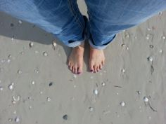 Pretty feet in the sand All That Glitters Salon in Palm Harbor, Florida All That Glitters, Pedicure, Salons, Nailart, Palm, Fashion Accessories, Florida, Pretty, Pedicures