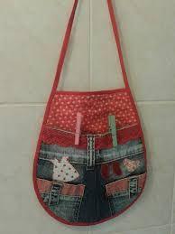 Resultado de imagem para molde de porta prendedor de roupa Sewing Hacks, Sewing Crafts, Sewing Projects, Sewing Slippers, Clothespin Bag, Peg Bag, Plastic Bag Holders, Pinecone Ornaments, Sewing Aprons