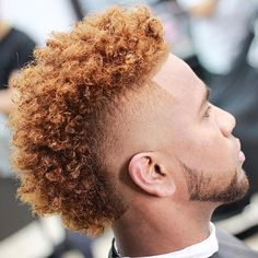 We've gathered our favorite ideas for 45 Curly Hairstyles For Black Men To Showcase That Afro, Explore our list of popular images of 45 Curly Hairstyles For Black Men To Showcase That Afro in black boys with dyed hair. Hair Lights, Light Hair, Pastel Ombre, Dyed Hair Pastel, Tape Up Haircut, Fade Haircut, Mohawk Hairstyles Men, My Hairstyle, Black Men Haircuts